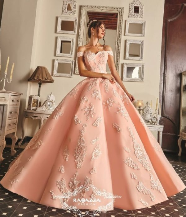 5 Quinceanera Colors Perfect for a Fall Celebration