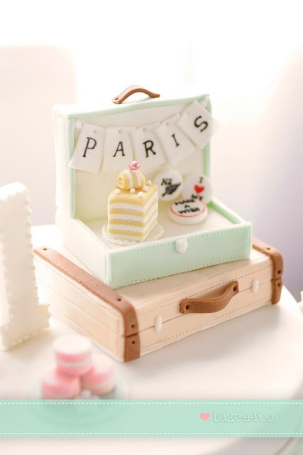 Paris_Suitcase